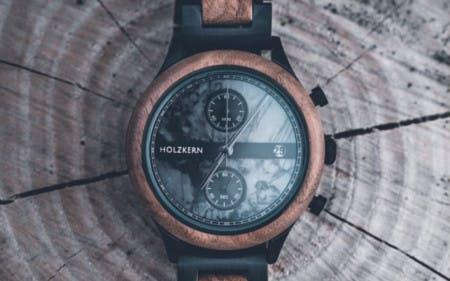 Eine wunderschöne Armbanduhr zu einem unschlagbaren Preis mit einem Holzkern-Gutscheincode