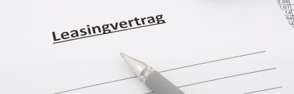 Entwurf eines Leasingvertrags zum Unterschreiben
