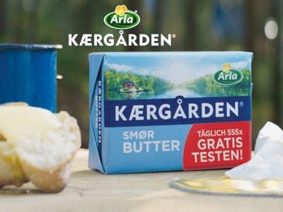 Arla Butter Packung mit dem Gratis testen Sticker, Arla Logo oben im Bild