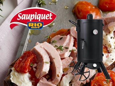 Saupiquet Logo und Produkte und ein Smoker
