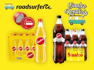 Gelbes Bild mit Sinalco Flaschen und Kästen, Aktionsdeckel mit dem Code, oben Roadsurfer Logo