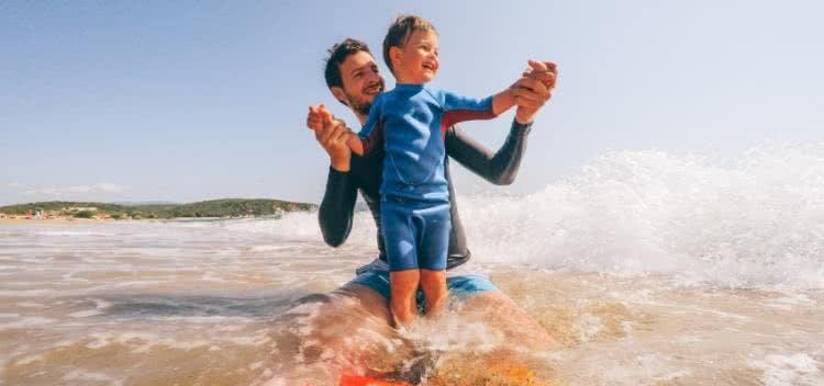 Das Wichtigste bei Badekleidung für Kinder: UV-Schutz