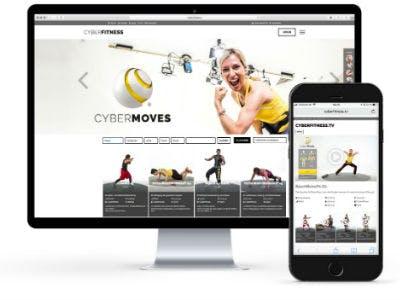 Man sieht die Cyberfitness App auf dem Smartphone und auf einem Monitor