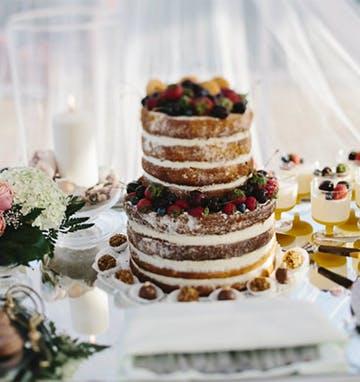 Torte im Natural-Wedding-Stil