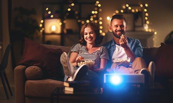 Zuhause entertainen mit Netflix & Co.