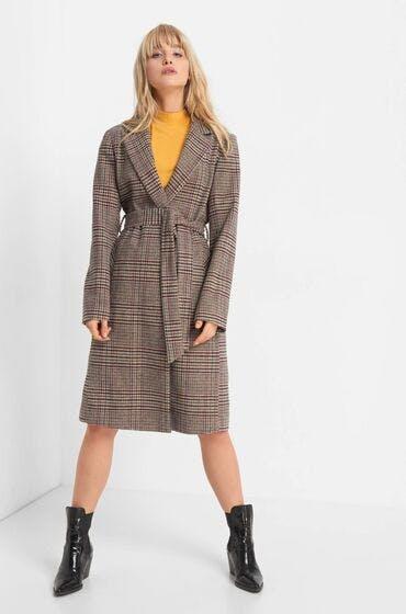 Shoppe jetzt einen karierten Mantel für den Herbst.