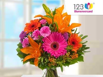Jetzt Blumenstrauß Fiesta mit Vase bestellen