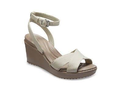 Attraktiver Schuhe in Nude: Leigh II Cross-Strap Ankle Wedge