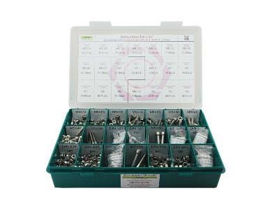Schrauben-Niro® Basic Sortiment in einem grünen Kasten vor weißem Hintergrund