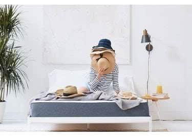Träumen, Filme schauen, essen, spielen: Auf deiner Casper-Matratze lebst du dich aus!