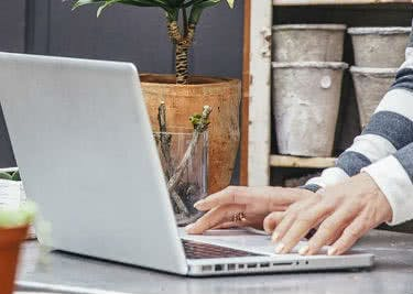 Mit GoDaddy-Gutscheinen spart ihr beim Webhosting