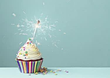 Backe leckere Cupcakes und bestelle das Zubehör bei MeinCupcake.de