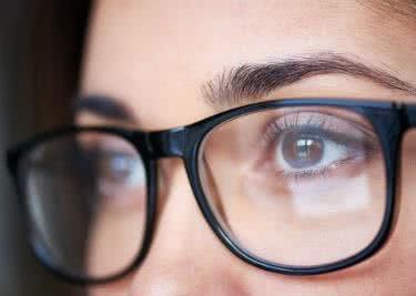 Tausche deine Brille gegen Kontaktlinsen ein