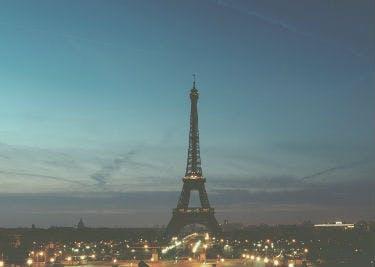 Besuche Paris und spare dabei