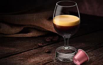 Bestelle dir Kaffeekapseln und Kaffeemaschinen günstig im Onlineshop von Nespresso