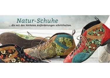 Von Kopf bis Fuß: Auch Natur-Schuhe findest du im Shop