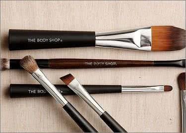 Kaufe Pinsel-Sets bei The Body Shop