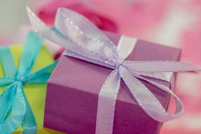 Gewinne eine Roller-Geschenkkarte im Wert von bis zu 1.500€