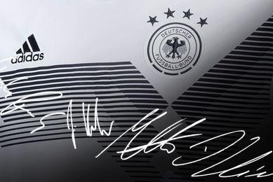 Gewinne ein signiertes DFB Heimtrikot